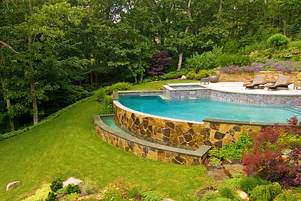 Sloped-backyard-pool-ideas-7